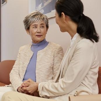 人の役に立ち、社会への貢献にも繋がるお仕事。高齢化社会で欠かせない重要な役割を担っていただきます。